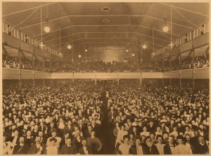 6-1911-Successful-Competitors---The-Coliseum-Audience